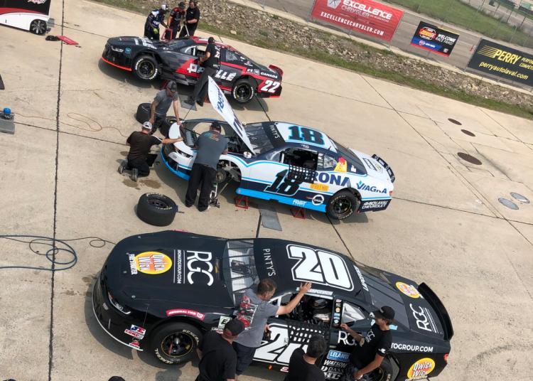 22 Racing photo